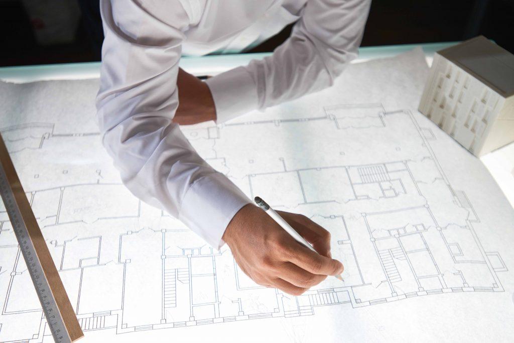 Arvonlisäveroa ei peritä osakehuoneistojen tai kiinteistöjen vuokrauksesta tai myynnistä.